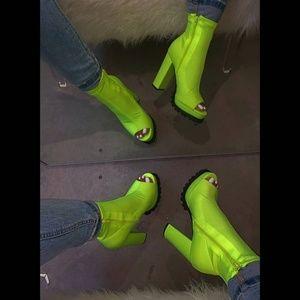 Lime Stretch Chunky heel booties